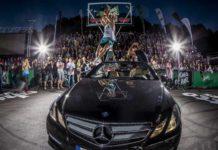 Jordan Kilagnon bay qua Mercedes úp rổ