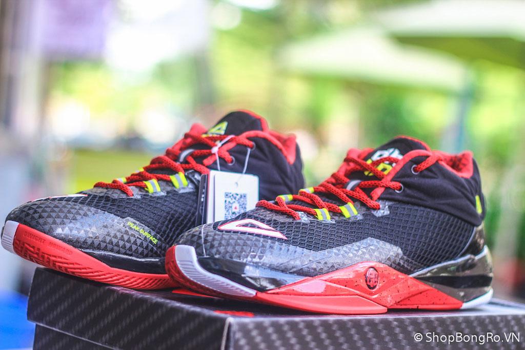 Peak DH2 là đôi giày có thiết kế Low Cut theo yêu cầu của siêu trung phong Dwight Howard