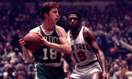Dave Cowens chơi cho Celtics năm 1793