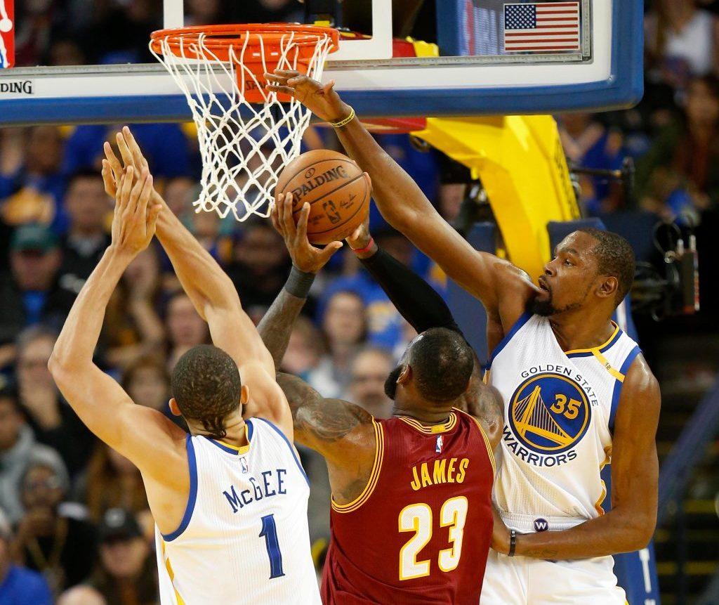 NBA Finals: Lebron có thể càn quét tất cả, nhưng sẽ không phải là Warriors của năm nay