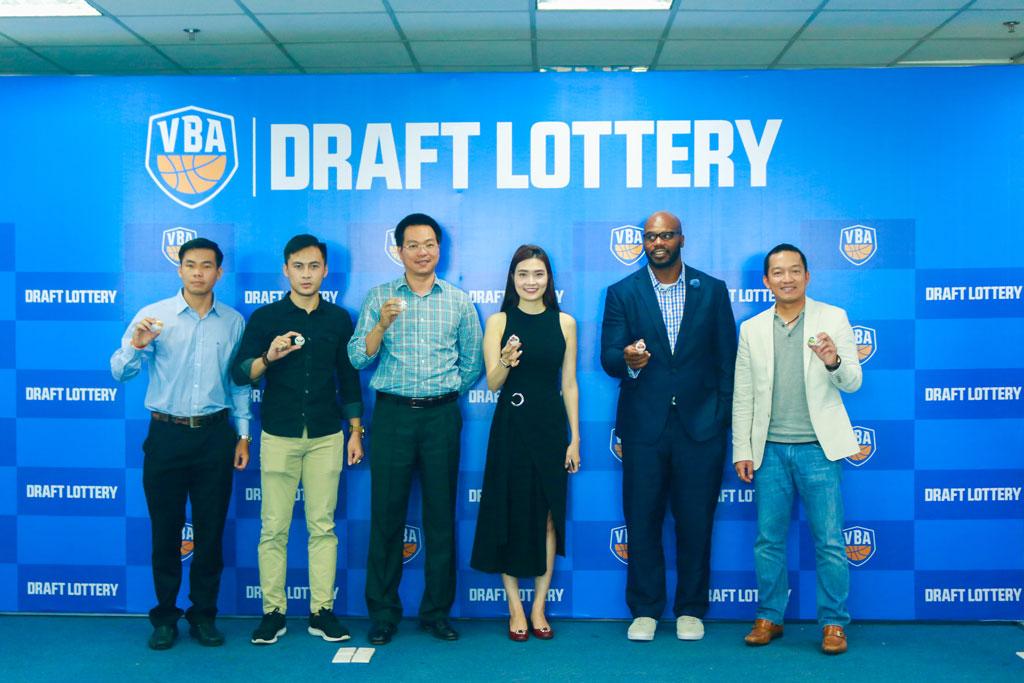 Chi tiết về kết quả bốc thăm VBA Draft Lottery 2017 sáng nay