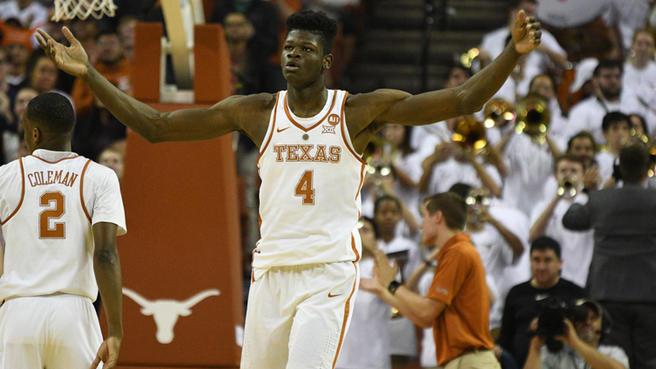 Tân binh Mo Bamba có sải tay dài ở mức kỷ lục tại NBA Draft