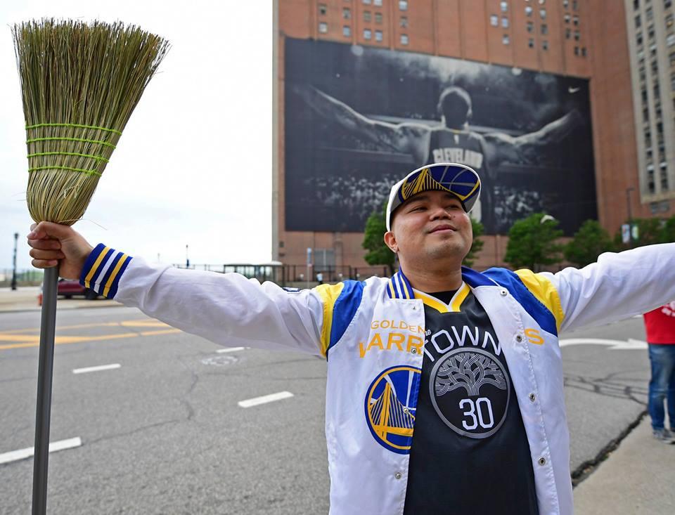 Golden State Warriors quét sạch Cleveland, VÔ ĐỊCH lần thứ 2 liên tiếp
