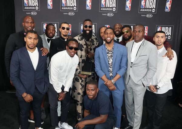 Khi NBA Award 2018 trở thành sàn diễn cho các sao bóng rổ