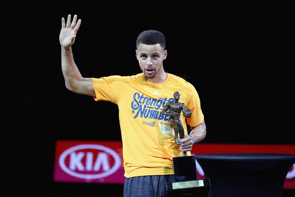 Stephen Curry: Nhờ có anh ấy mà tôi mới có được thành công như hôm nay