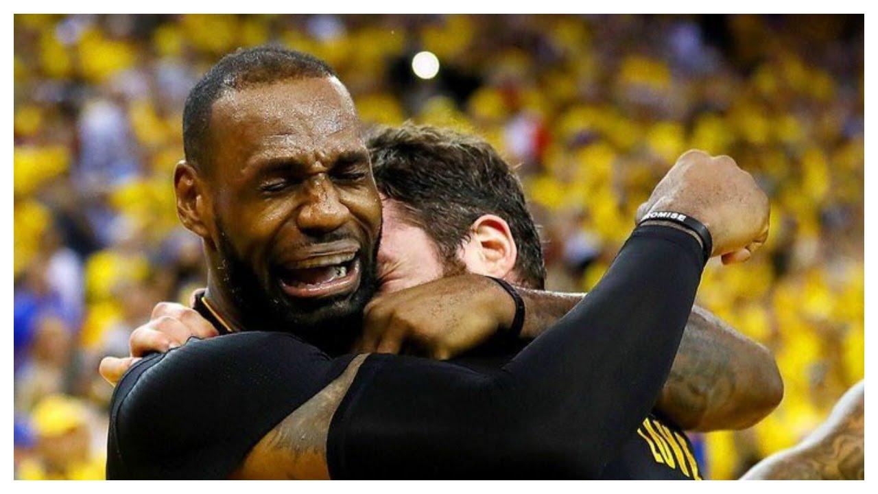 Chưa bao giờ LeBron James cảm thấy nhớ người cũ như lúc này