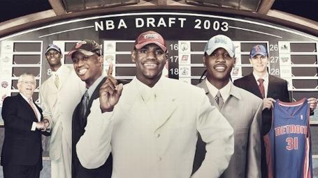 Nhìn lại thảm hoạ thời trang cười ra nước mắt của các sao NBA Draft 2003
