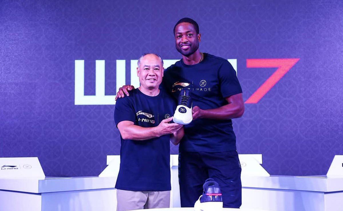 Dwyane Wade chính thức kí hợp đồng trọn đời với người khổng lồ Li-Ning