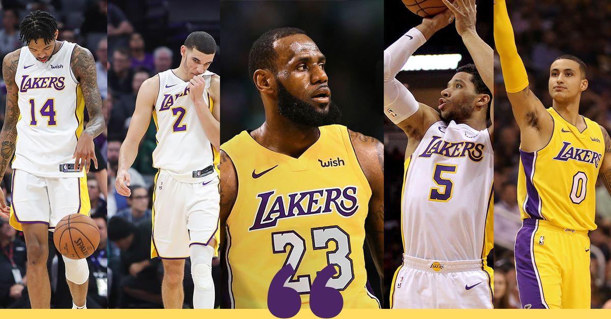 Lakers bây giờ chả ngán Warriros khi LeBron đánh trung phong trong Death Lineup