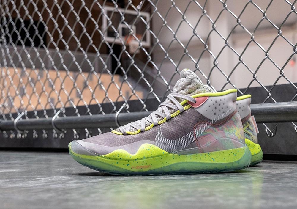 "Soi kỹ Nike KD 12 – Cực phẩm ""siêu Zoom"" mới của Kevin Durant"