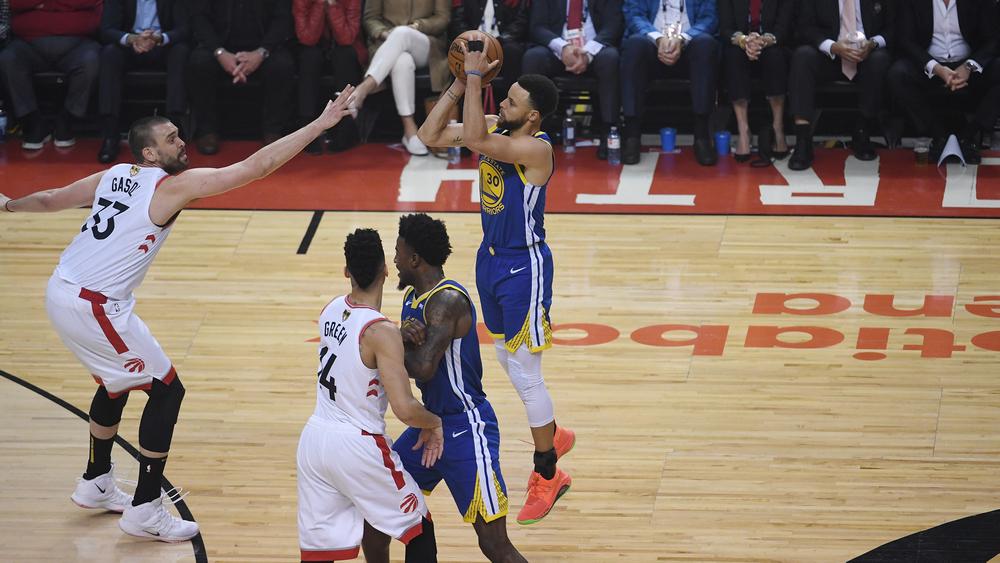 Đây là thói quen quan trọng giúp Curry trở thành tay ném siêu hạng tại NBA