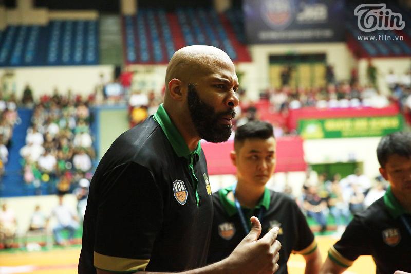 HLV Jordan Collins: 'Muốn thành công chúng tôi phải khóa chặt Richard Nguyễn'